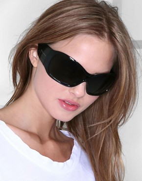 Dolce & Gabbana | Dolce & Gabbana Plastic Logo Wrap Sunglasses at ASOS :  duplicity dolce gabbana shades plastic