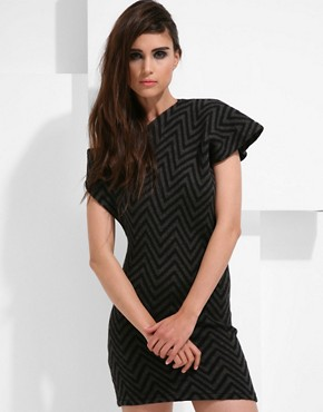 Gomez-Gracia Zig Zag Knit Dress With Hook & Eye Back  :  black dress wool fashion mini dress
